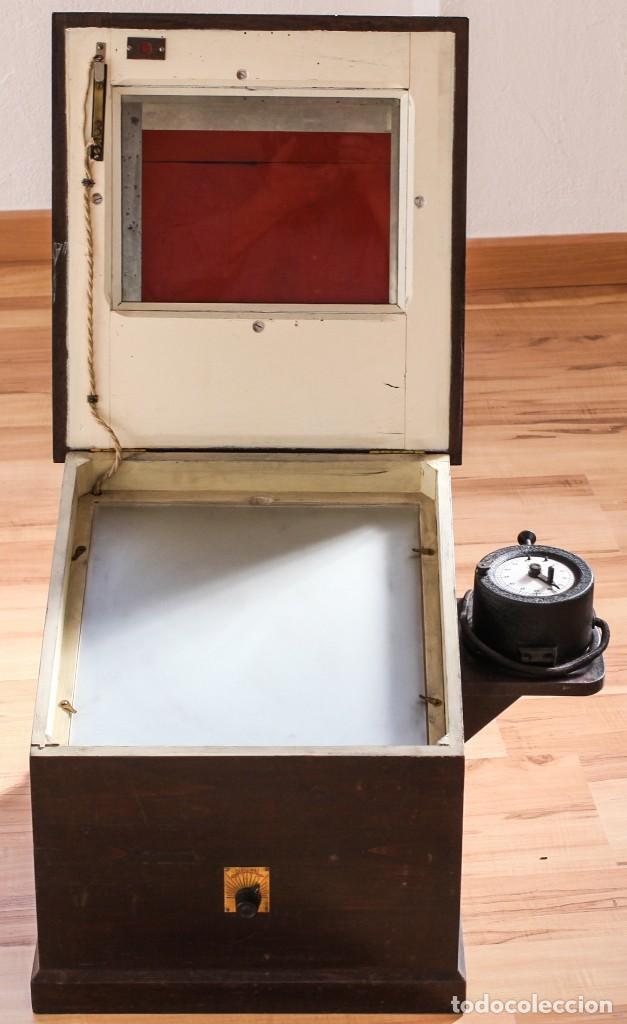 Cámara de fotos: Copiadora para documentos y fotos, fabricada por Photo Jndustrie Mafi - Max Fiedler, el año 1936 - Foto 11 - 118361931