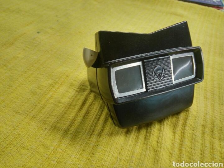 Cámara de fotos: Estereoscopio tridimensional marca VIEW-MASTER, hecho en baquelita anterior años 1940, y, 2 discos . - Foto 3 - 119590079