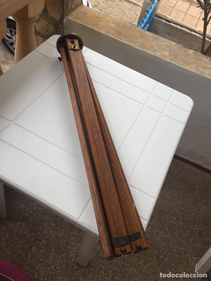 Cámara de fotos: Trípode de madera - Foto 12 - 128764515