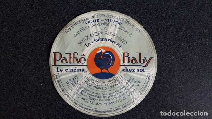 PUBLICIDAD PATHE BABY , MOTOCAMERA LE CINEMA CHEZ SOI (Cámaras Fotográficas - Catálogos, Manuales y Publicidad)