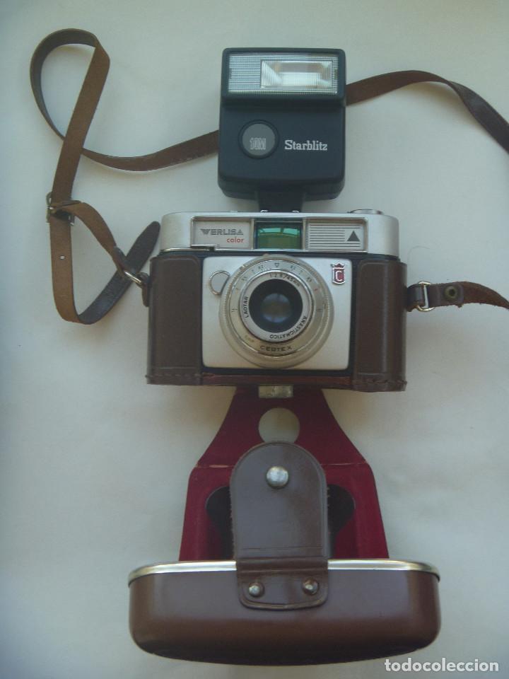 CAMARA DE FOTO MARCA WERLISA - COLOR , CON SU ESTUCHE DE CUERO Y FLASH MARCA STARBLITZ (Cámaras Fotográficas - Otras)