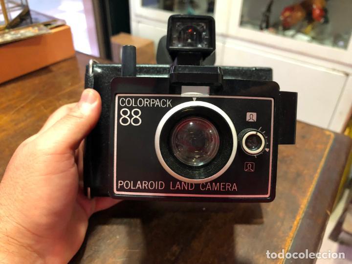 CAMARA DE FOTOS POLAROID COLORPACK 88 (Cámaras Fotográficas - Otras)