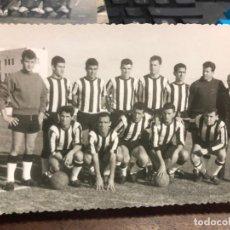 Cámara de fotos: ANTIGUA FOTO PLANTILLA CLUB DE FUTBOL CARTAGENA - MEDIDA 13,5X9 CM. Lote 136215446