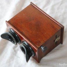 Cámara de fotos: VISOR ESTEREOSCOPICO DE MADERA PARA PLACAS 10 X 4. Lote 140029354