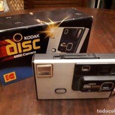 Cámara de fotos: CÁMARA DE FOTOGRAFIAR KODAK DISC 4000. USA. CON CAJA. Lote 140548222