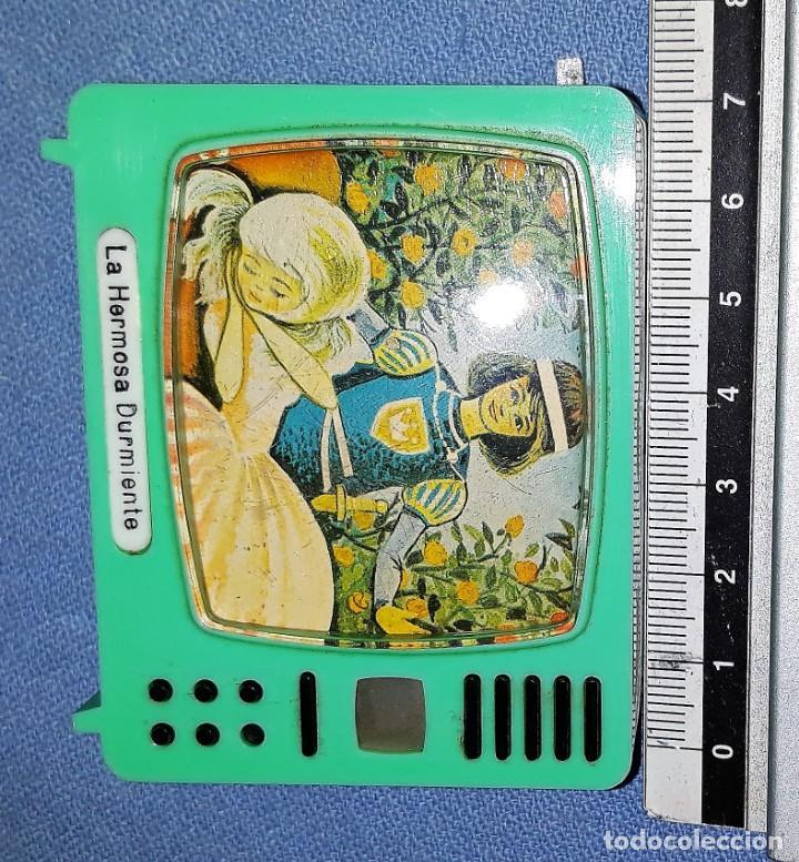 Cámara de fotos: ANTIGUO TELEVISOR VISOR DE DIAPOSITIVAS LA HERMOSA DURMIENTE PLASTISKOP MADE IN GERMANY MUY DIFICIL - Foto 3 - 141936694