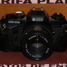 Cámara de fotos: CAMARA DE FOTOS ANALOGICA REFLEX RICOH KR-10X USADA EN SU FUNDA. Lote 144591782