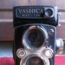 Cámara de fotos: CAMARA FOTOGRAFICA - YASHICA MAT-124 .. Lote 145064314