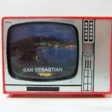 Cámara de fotos: VISOR TELEVISOR SOUVENIR SAN SEBASTIAN - TELEVISIÓN TV TURISMO FOTOS DIAPOSITIVAS DONOSTI CONCHA DE. Lote 149868190