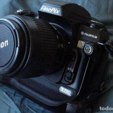 Cámara de fotos - Fujifilm S3 Pro con Objetivo Nikon - 157732718
