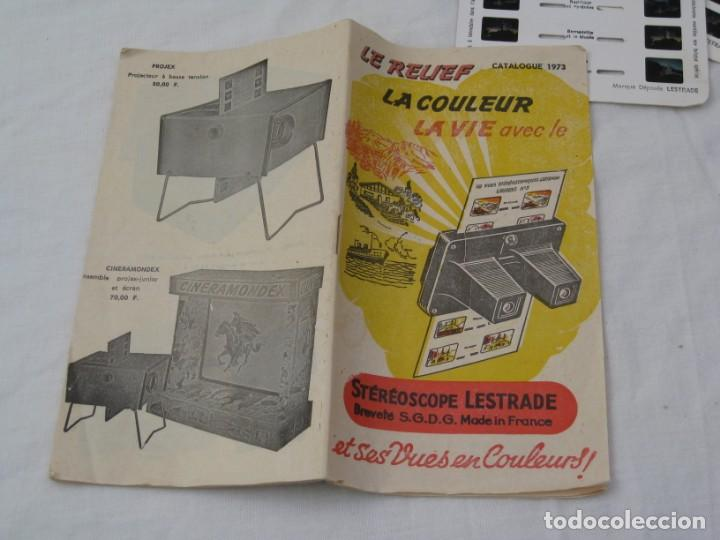 Cámara de fotos: Visor estereoscopio Lestrade. Años 70 con 2 planchas de diapositivas. - Foto 10 - 157858210