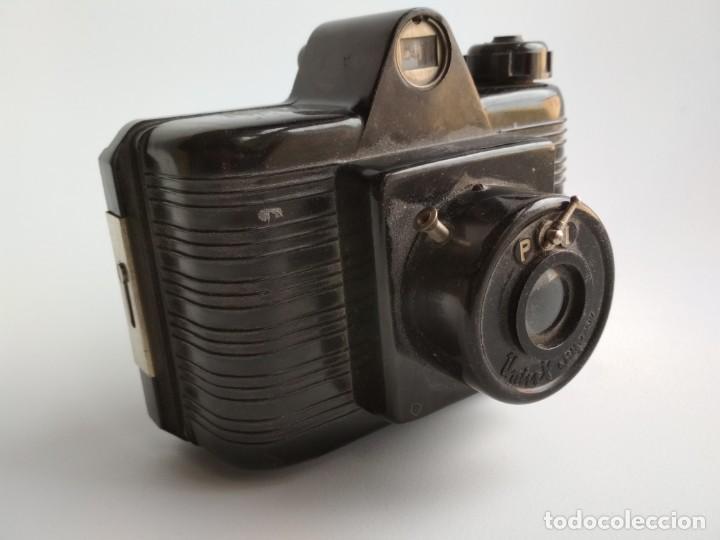 ANTIGUA CÁMARA DE FOTOS BAQUELITA (Cámaras Fotográficas - Otras)