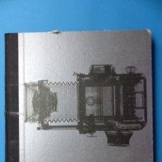Cámara de fotos: LIBRO LA CAMARA, LIFE LA FOTOGRAFICA, AÑO 1974, SALVAT EDITORES. Lote 165370158