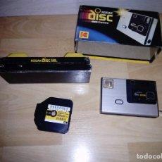 Cámara de fotos: CÁMARA DE FOTOGRAFIAR KODAK DISC 4000. CON CAJA. USA . Lote 165408126