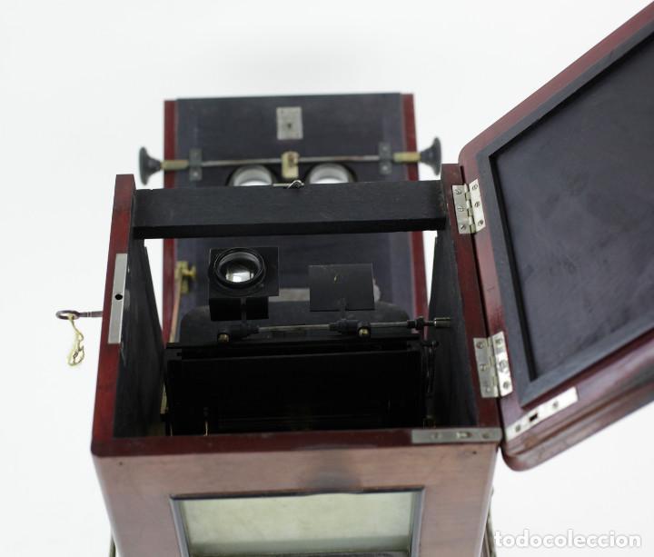 Cámara de fotos: LE TAXIPHOTE. Visor estereoscópico Richard para cristales 10x4 cm. En buen estado. ver fotos anexas - Foto 6 - 166116070
