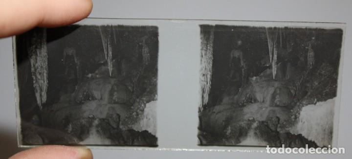 Cámara de fotos: UNIS FRANCE, PARIS (Ca.1900) VISOR DE MANO ESTEREOSCOPICO EN BAQUELITA CON 16 CRISTALES - Foto 10 - 166154474