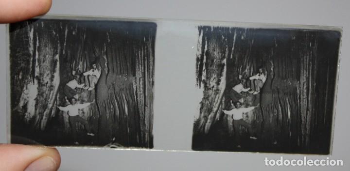 Cámara de fotos: UNIS FRANCE, PARIS (Ca.1900) VISOR DE MANO ESTEREOSCOPICO EN BAQUELITA CON 16 CRISTALES - Foto 11 - 166154474