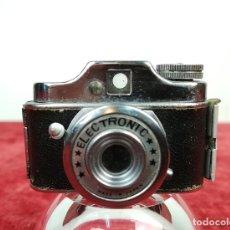 Cámara de fotos: CÁMARA FOTOGRÁFICA MINI ELECTRONIC (CIRCA 1960) JAPÓN. Lote 166748882