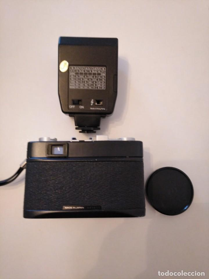 Cámara de fotos: Cámara fotográfica Chinon con flash, años 70/80 - Foto 2 - 167469956