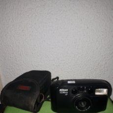 Cámara de fotos: CAMARA NIKON ZOOM 200 AF FUNCIONANDO. Lote 168340301