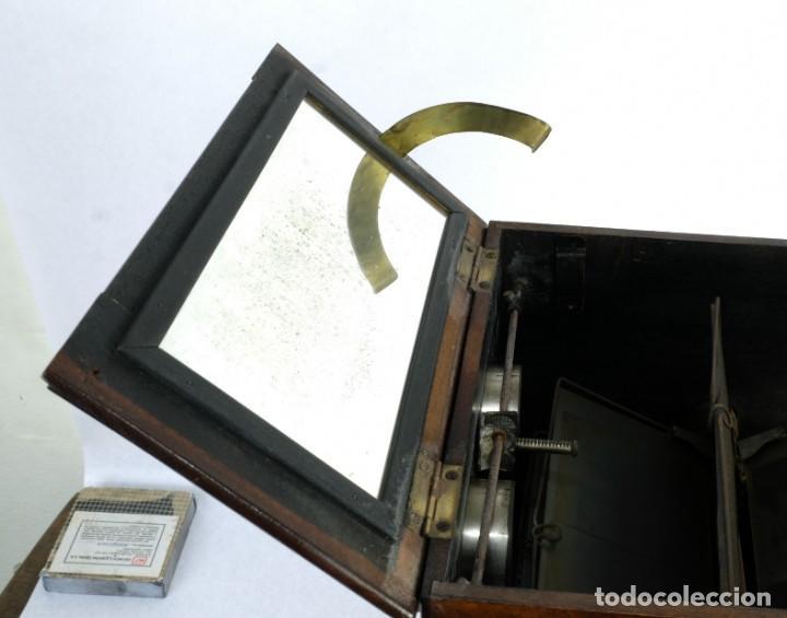 Cámara de fotos: Visor estereoscópico para placas de Cristal hacia 1900 - Foto 6 - 169043552
