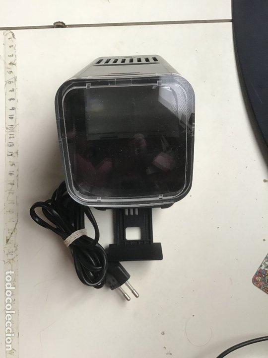 Cámara de fotos: AGFASCOP 100 . Visor de diapositivas, filminas y negativos. 5X5. En su caja original. - Foto 4 - 172168522