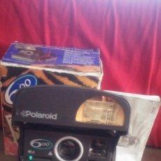 Cámara de fotos: CAMARA POLAROID 600. Lote 172404263