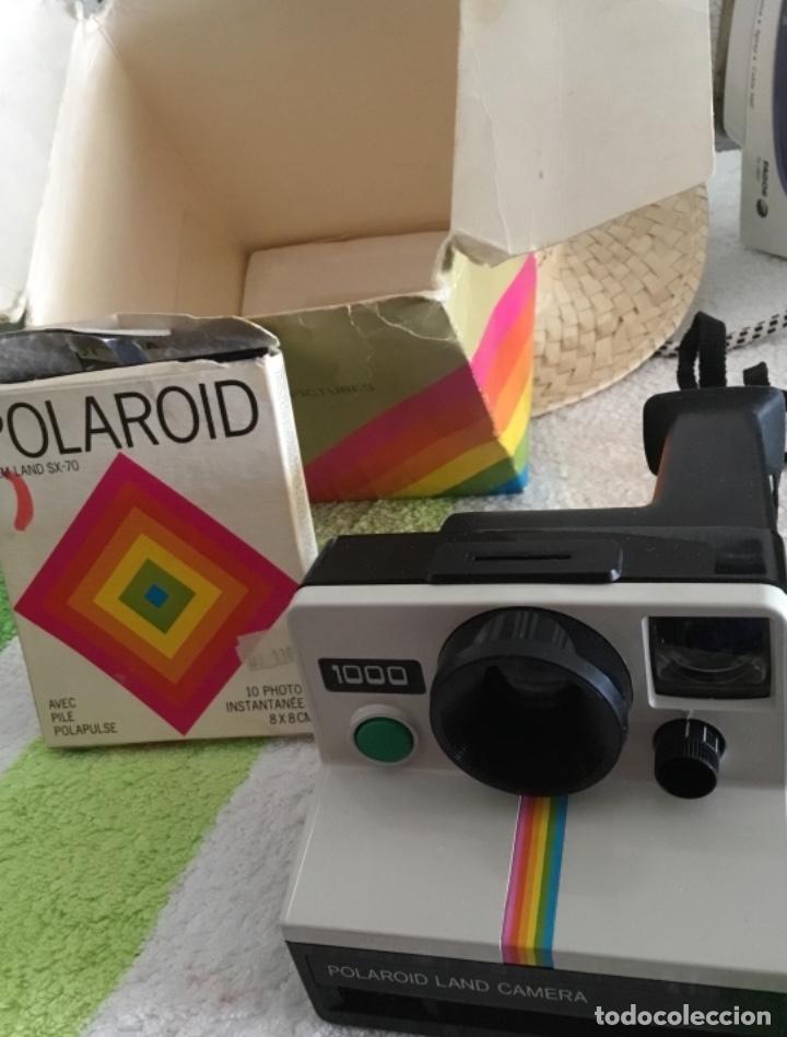 Cámara de fotos: Cámara polaroid con pelicula y caja y corcho - Foto 3 - 172939592
