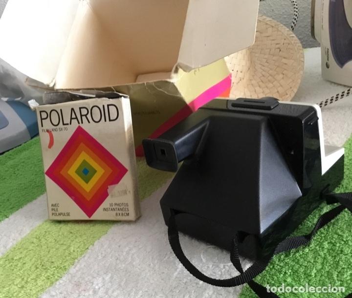 Cámara de fotos: Cámara polaroid con pelicula y caja y corcho - Foto 5 - 172939592