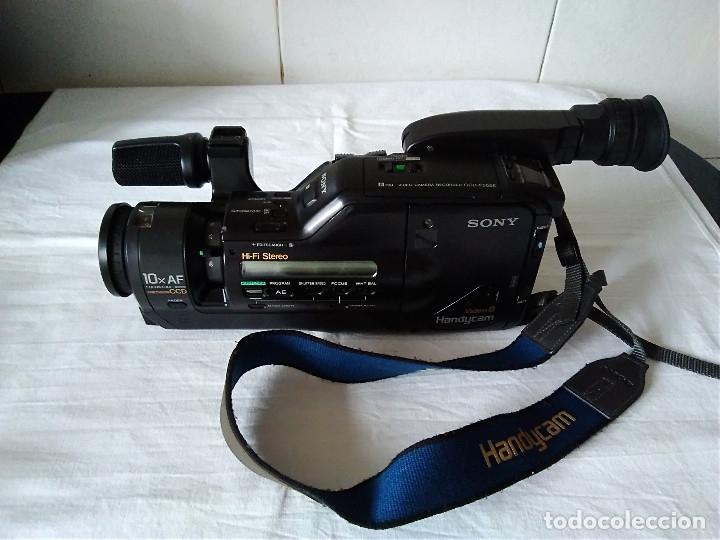 2-VIDEOCAMARA SONI CCD-F555-E, SIN COMPROBAR (Cámaras Fotográficas - Otras)