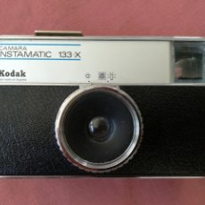 Cámara de fotos: CÁMARA FOTOGRÁFICA KODAK INSTAMATIC 133-X. Lote 175105332