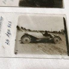Cámara de fotos: ANTIGUAS FOTOS DE COCHES EN CRISTAL DE 1923 PARA VISOR ESTEREOSCOPICO. Lote 177072367