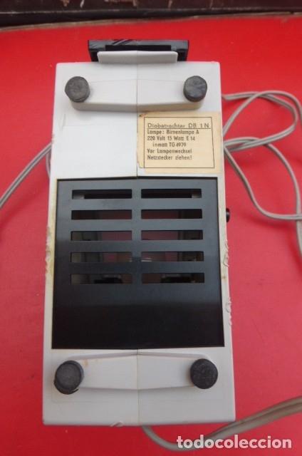 Cámara de fotos: Visor de diapositivas Pentacon, modelo DB 1..DDR..Años 70. Caja original y funcionando.35mm - Foto 8 - 181425932