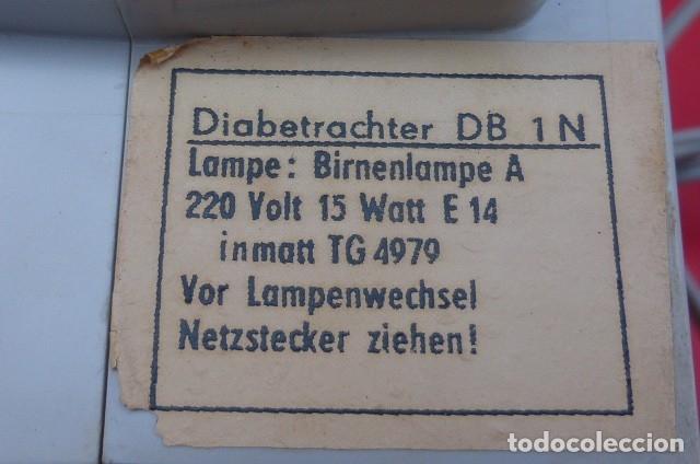 Cámara de fotos: Visor de diapositivas Pentacon, modelo DB 1..DDR..Años 70. Caja original y funcionando.35mm - Foto 9 - 181425932