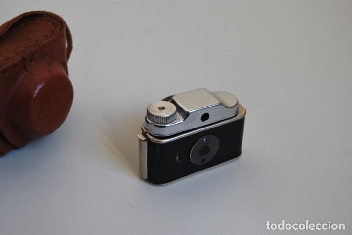 Cámara de fotos: CÁMARA FOTOGRÁFICA EN MINIATURA - HIT - MINI CÁMARA DE FOTOS - FUNDA DE CUERO - JAPÓN - Foto 3 - 184053750
