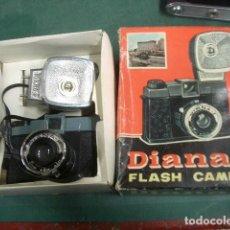 Cámara de fotos: DIANA CON FLASH Y CAJA ORIGINAL. Lote 187615356
