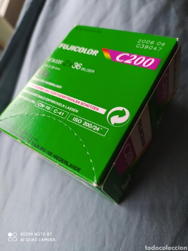 Cámara de fotos: Dos carretes Fujicolor C200 de 36 mm. - Foto 2 - 208684550