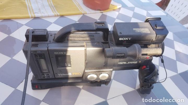 Cámara de fotos: Sony Camara de Video CCD-V200E Video 8 PRO - Foto 8 - 190871831
