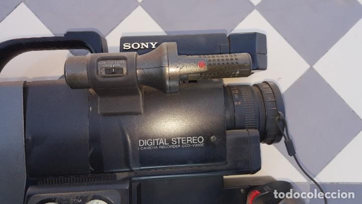 Cámara de fotos: Sony Camara de Video CCD-V200E Video 8 PRO - Foto 12 - 190871831