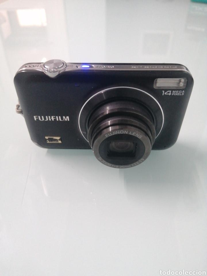 CAMARA FOTOGRÁFICA FUJIFILM FINEPIX JX250. 14 MEGAPIXELES. MEM. 2GB. CARGADOR BATERIA.DOC. FUNCIONA. (Cámaras Fotográficas - Otras)