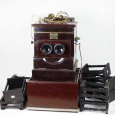 Cámara de fotos: VISOR PLANOX PARA CRISTALES ESTEREOSCÓPICOS 6X13 CM. + 8 CAJETINES PARA FOTOGRAFÍAS. 1900'S.. Lote 192366530