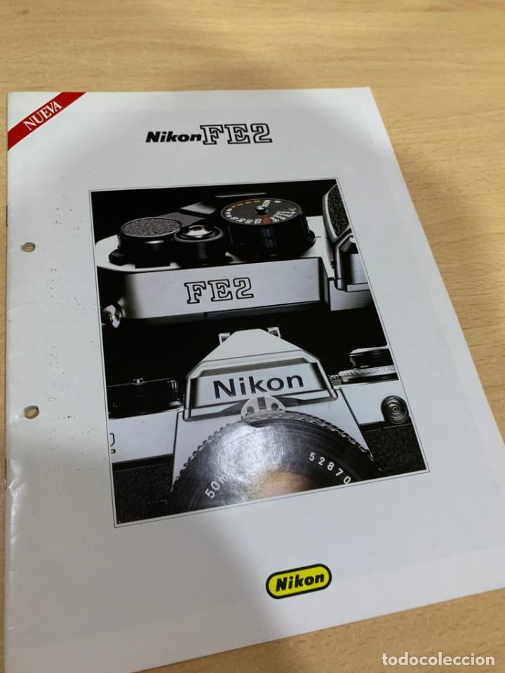 FOLLETO NIKON FE2 (Cámaras Fotográficas - Catálogos, Manuales y Publicidad)