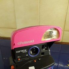 Cámara de fotos: PRECIOSA POLAROID ESPECIAL DE SPACE GIRL FUNCIONANDO. Lote 199751550