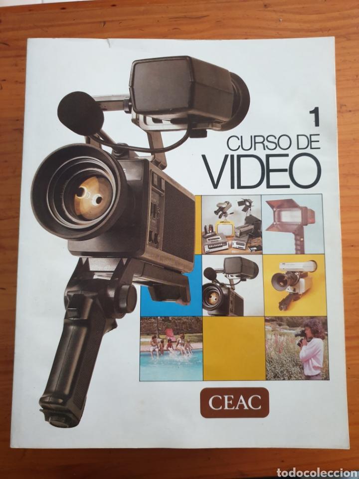LOTE DE 18 LIBROS CURSO DE VIDEO AÑO 1983 (Cámaras Fotográficas - Catálogos, Manuales y Publicidad)