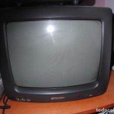 Cámara de fotos: TELEVISOR SHARP DE 21 PULGADA CON POCO USO. Lote 206837780