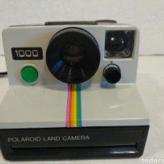 Cámara de fotos: POLAROID 1000 BOTON VERDE.1977.. Lote 207116428