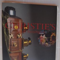 Fotocamere: MAYO 2001 CATALOGO CRISTIE`S LINTERNAS MÁGICAS CÁMARAS FOTOGRÁFICAS Y INSTRUMENTOS ÓPTICOS. Lote 213150252