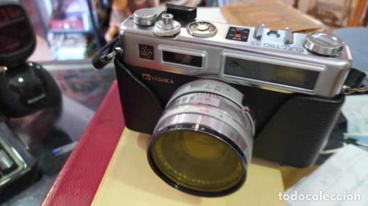 Cámara de fotos: Yashica Electro 35 - Foto 3 - 213347626