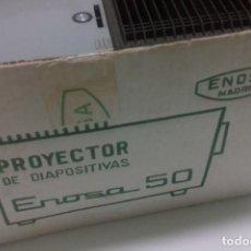 Cámara de fotos: PROYECTOR DE DIAPOSITIVAS ENOSA 50. BITENSIÓN 125 Y 220 V.. Lote 218041488