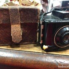 Cámara de fotos: ANTIGUA CAMARA DE FOTOS KODAK BABY BROWNIE ESPECIAL. Lote 219532473